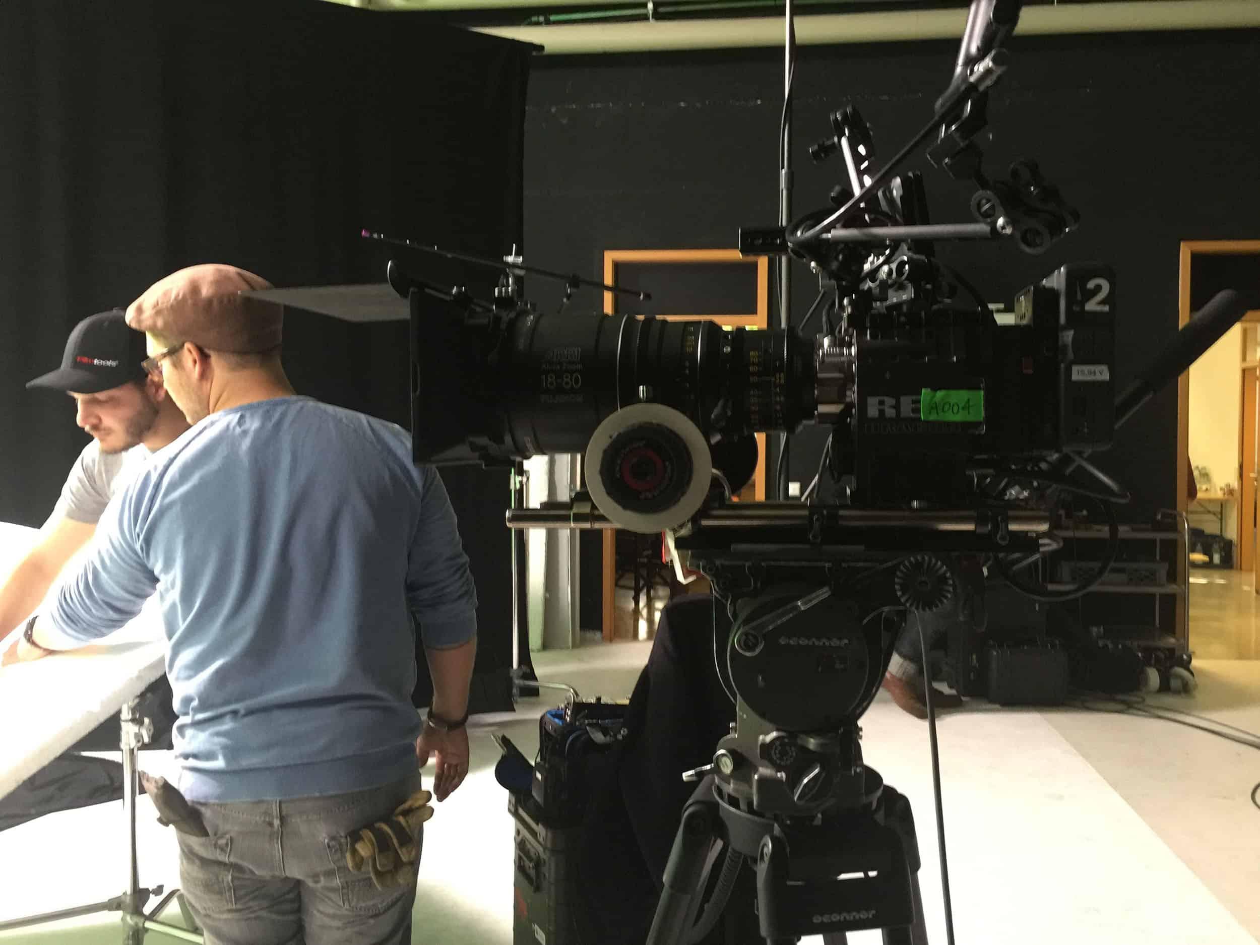 studio-ignatov-rolandversicherung-adokojo-tvcommercial-04