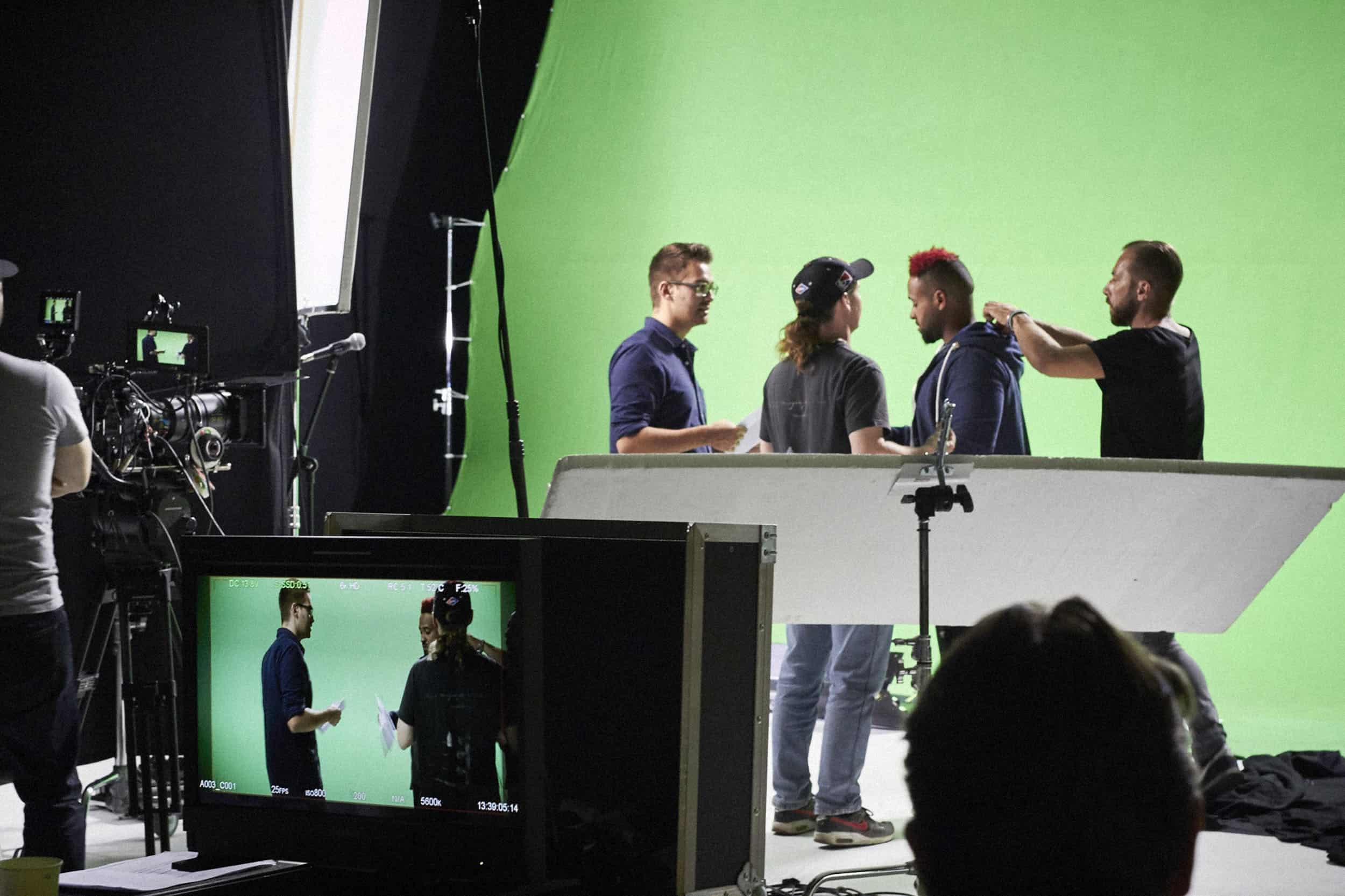 studio-ignatov-rolandversicherung-adokojo-tvcommercial-08