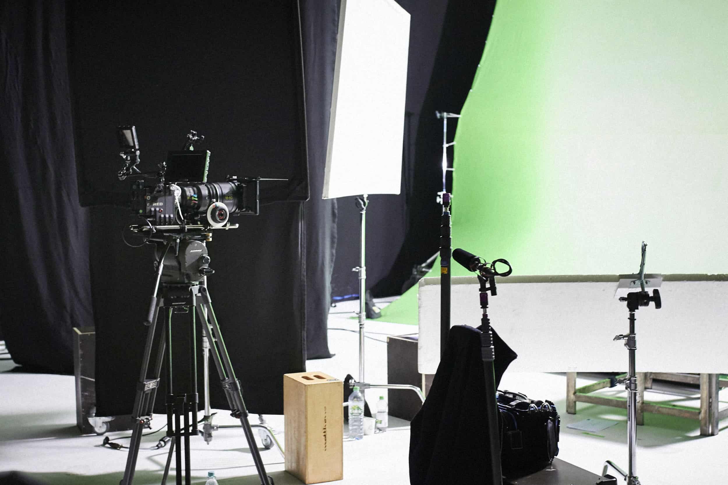 studio-ignatov-rolandversicherung-adokojo-tvcommercial-13